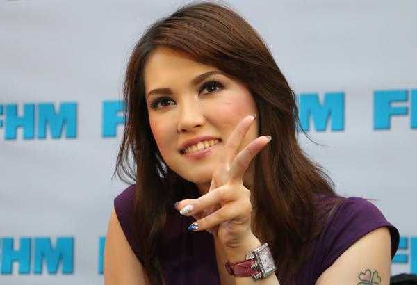 Cựu nữ hoàng phim nóng Nhật Bản muốn ở lại Philippines