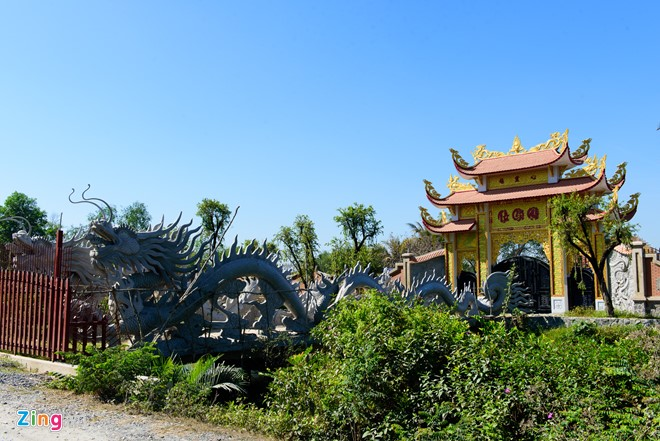 Hoài Linh đã được chính quyền cấp phép xây đền thờ Tổ