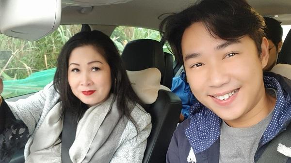 NSND Hồng Vân là bà trùm mê trai trong phim hài Tết 2018