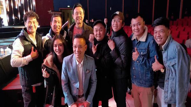 Hoài Linh và dàn nghệ sĩ hài hội ngộ trong chương trình hài Tết